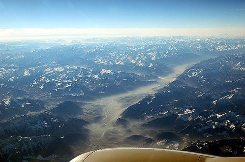 volando sobre los Alpes austriacos