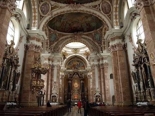Interior catedral de Innsbruck