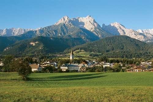 Paisaje de las montañas de Saalfelden