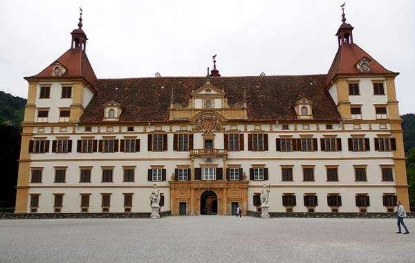 castillo de Eggenberg en Graz