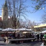 Mercado en la plazoleta Káiser Josef de Graz