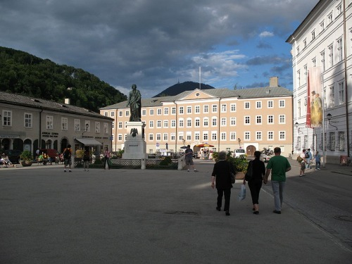 Plaza de Mozart