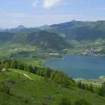 El pueblo Walchsee y su animado lago